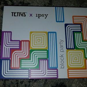 Tetris x Ipsy Block Party eyeshadow palette